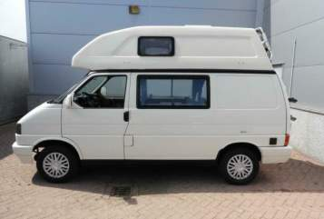 Kampeerbus Volkswagen  INGO'S CAMPER in Zutphen huren van particulier