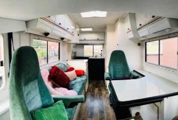 Integraal Hymer Bella Wanderbus in Den Haag huren van particulier