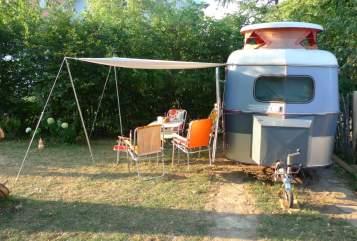 Caravan Hymer Eriba Wohnwägelchen in Hergatz huren van particulier