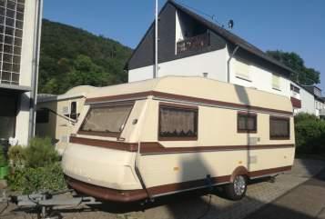 Caravan Hobby Wohnwagen 535 in Braubach huren van particulier