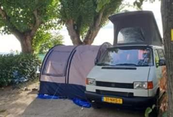 Kampeerbus VW VW Transporter in Utrecht huren van particulier