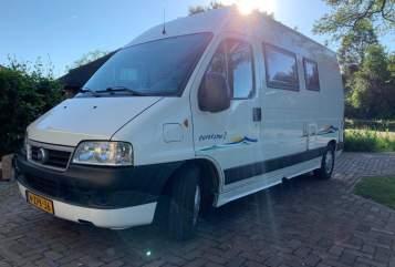 Buscamper Fiat Compacte camper in Vinkel huren van particulier