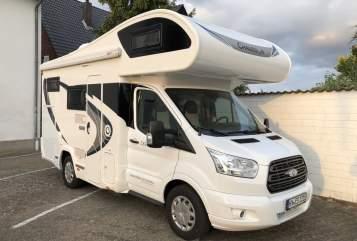 Alkoof Ford Traveler in Warburg huren van particulier