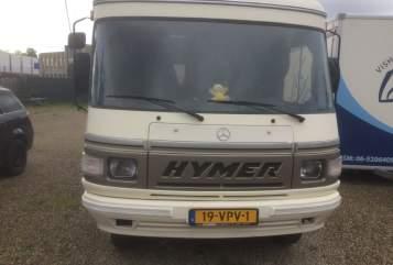 Integraal Hymer Mercedes Hymer 560 nieuw in Maastricht huren van particulier