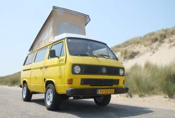 Kampeerbus Volkswagen Mellow Yellow in Rotterdam huren van particulier