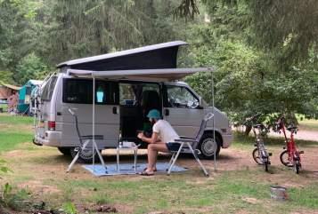 Kampeerbus VW Camper California Grey in Voorburg huren van particulier