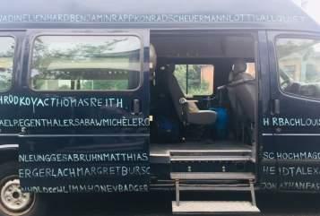 Kampeerbus Ford Die Welt in Hannover huren van particulier