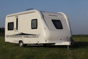 """Caravan Hobby """"Hobby De Luxe"""" in Stadtkyll huren van particulier"""