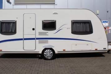 Caravan Bürstner  Belcanto 460TL in Soest huren van particulier