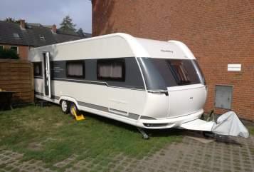 Caravan Hobby Hobby UKFE 720 in Norderstedt huren van particulier