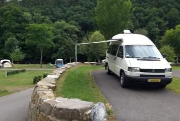 Kampeerbus Volkswagen  Voorburgs trots in Voorburg huren van particulier