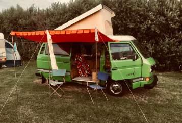Kampeerbus Volkswagen Kermit in Düsseldorf huren van particulier