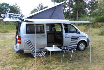 Kampeerbus VW T5 Bulli Aufstelldach Bullibus in Rattelsdorf huren van particulier
