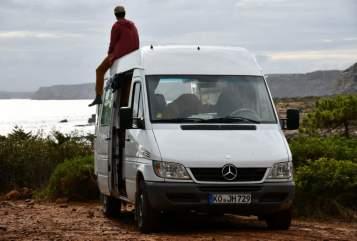 Buscamper Mercedes-Benz  Nuuk in Koblenz huren van particulier