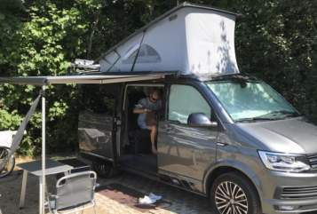 Kampeerbus VW Beach-Bulli in Großhansdorf huren van particulier