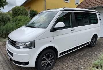 Kampeerbus VW White Bulli in Ingolstadt huren van particulier