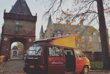 Kampeerbus VW REDRENTALVAN in Utrecht huren van particulier