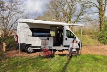 Buscamper Fiat Ducato Unieke camper in Amsterdam huren van particulier