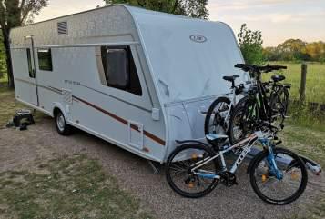 Caravan LMC LMC Style 582K in Gleiszellen-Gleishorbach huren van particulier