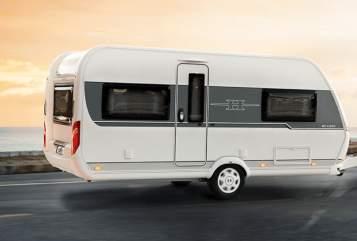Caravan Hobby 545 KMF in Grasbrunn huren van particulier