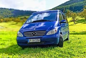 Kampeerbus Mercedes Benz Viano Blue Vital in Geislingen an der Steige huren van particulier