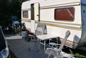Caravan Hobby  Oldie27 in Osterrönfeld huren van particulier