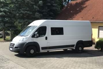 Buscamper Fiat Vanzilla in Jena huren van particulier