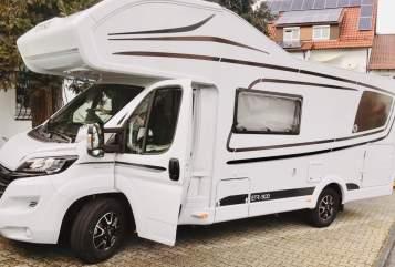 Alkoof ETRUSCO Crisan Camper in Bexbach huren van particulier