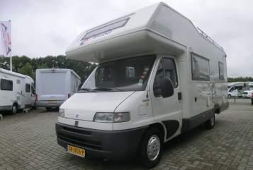 Alkoof Fiat Familie camper  in Zwolle huren van particulier