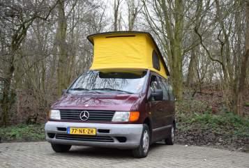 Kampeerbus Mercedes Benz  De Vito in Zoetermeer huren van particulier