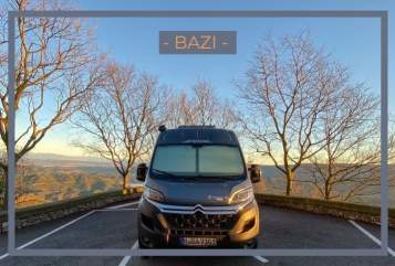 Buscamper Pössl  DER BAZI 2020  in München huren van particulier
