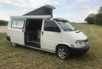 Kampeerbus Volkswagen Instapklare T4 in Krimpen aan den IJssel huren van particulier