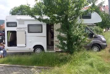 Alkoof Ford Transit Familiencamper in Rackwitz huren van particulier