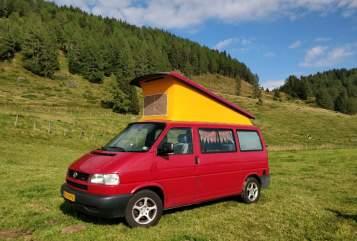 Kampeerbus Volkswagen  Road Runner  in Roggel huren van particulier