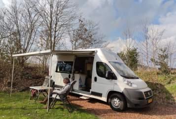 Buscamper Fiat Ducato Unieke camper. in Noord-Scharwoude huren van particulier