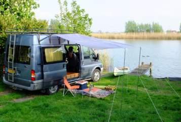 Buscamper Ford Unieke bus+kano in Weesp huren van particulier