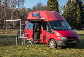 Buscamper Ford  nugget douchewc in Tilburg huren van particulier