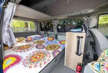 Kampeerbus VW Ibiza in Mierlo huren van particulier