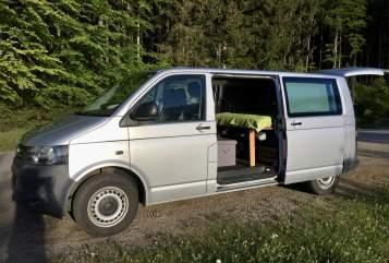 Kampeerbus VW Pippo in Linz huren van particulier