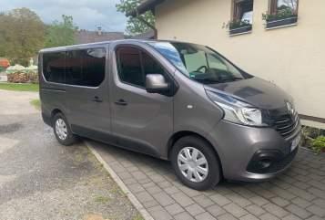 Kampeerbus Renault MaFi in Ingolstadt huren van particulier