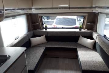 Caravan Fendt Luxus Camper  in Meßstetten huren van particulier