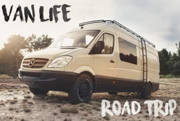 Buscamper Mercedes Benz Oliver(2020) in Eindhoven huren van particulier