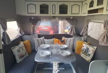 Caravan Hobby 520 Alte Emma in Erfurt huren van particulier