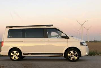 Kampeerbus VW VW Bulli HARVEY in Raa-Besenbek huren van particulier