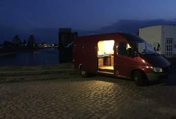 Buscamper Mercedes Benz  HerrBert in Schönebeck huren van particulier