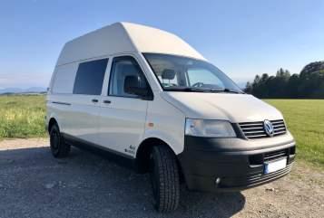 Kampeerbus VW AdvantureCamper in Starnberg huren van particulier