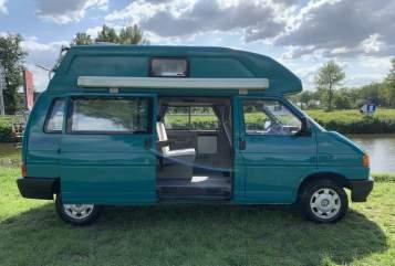 Buscamper Volkswagen Harrie in Lierop huren van particulier