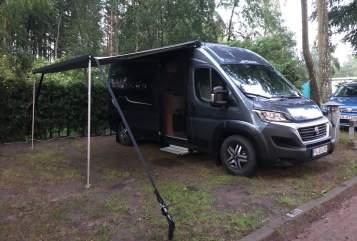 Buscamper Pössl Trixie in Halstenbek huren van particulier