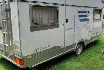 Caravan HYMER Eriba  HomeSweetHome in Fulda huren van particulier