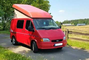 Kampeerbus Ford Roter Blitz in Freiburg im Breisgau huren van particulier